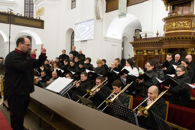 180101-Ujevi-koncert-Nagytemplom-PL-MJ_65
