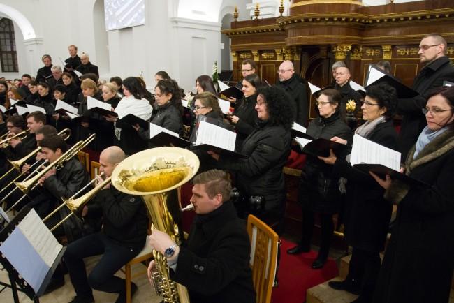 180101-Ujevi-koncert-Nagytemplom-PL-MJ_68