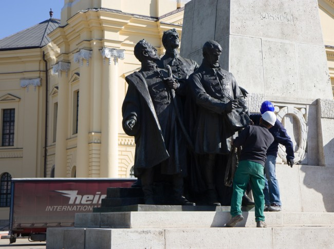 180507-Kossuth-szobor-bontas-KA_10