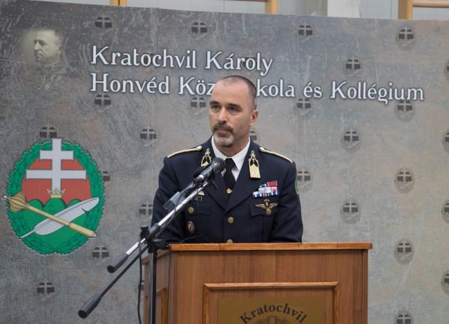 180903-Kratochvil_Károly_Honvéd_Középiskola_-_tanévnyitó-PL-MJ_2.jpg