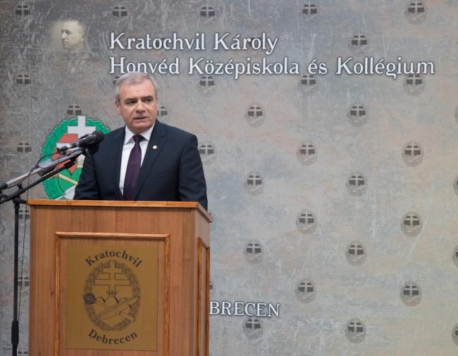 180903-Kratochvil_Károly_Honvéd_Középiskola_-_tanévnyitó-PL-MJ_57.jpg