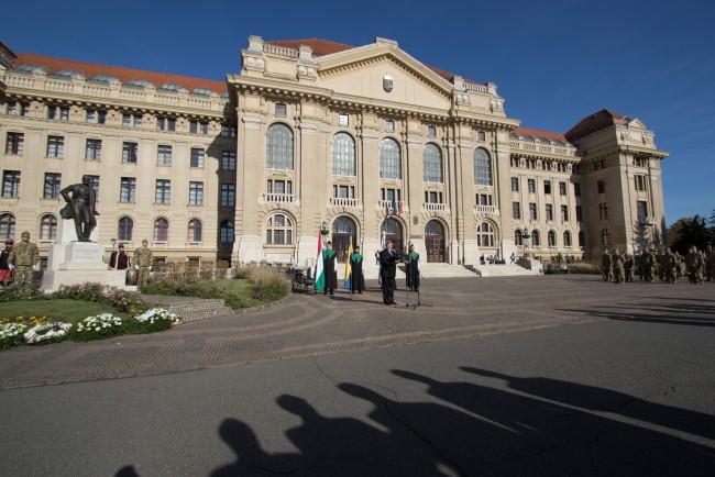 181031-Tisza-Istvan-szobor-koszoruzas-KSz-MJ_27