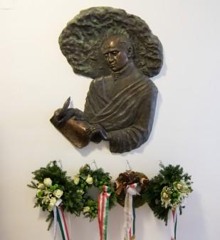 190122-Magyar-Kultura-napja-koszoruzas-teologia-KSz-MJ_9