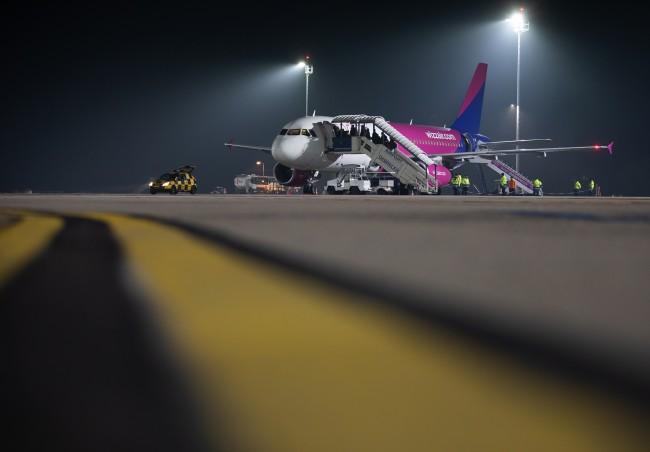 200127-repülőtéri_világítás-MJ_36.jpg