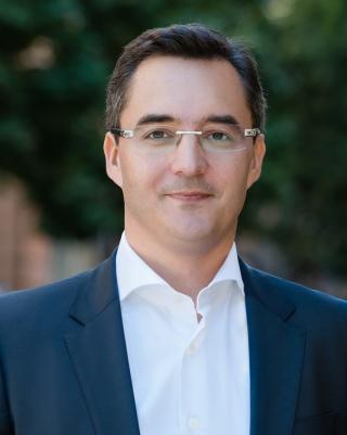 Laszlo Papp, Dr.