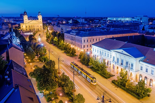 Piac utca és a Kossuth tér