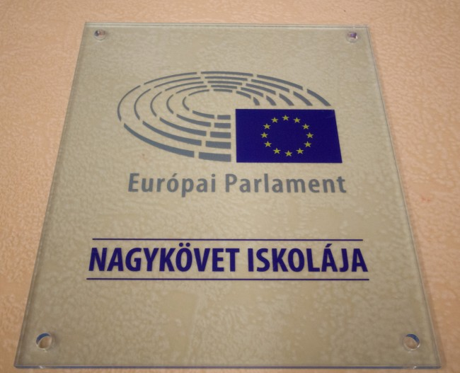 170906-europai-parlament-nagykoveti-iskola-KSz-MJ_45