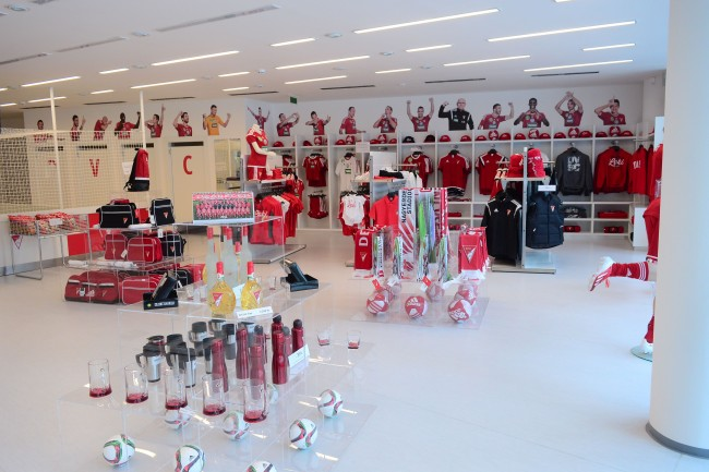 DVSC shop3