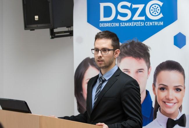 171012-beiskolázási_és_pályaválasztási_tájékoztató-KSz-MJ_23.jpg